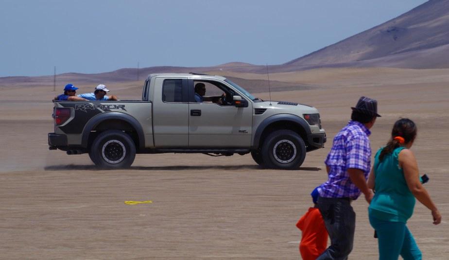 Dakar spectators
